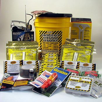 Deluxe Emergency Kit - 4 Person 72-Hour Honey Bucket Kit